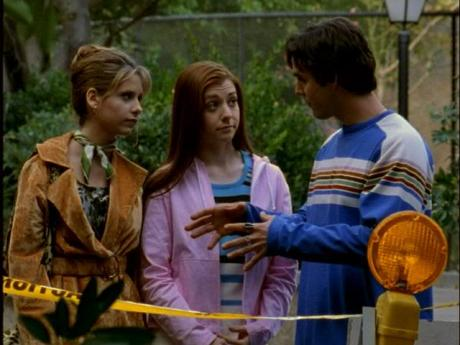 Discussion just before the pack forms. I had to include this for Buffy's zoo excursion ensemble