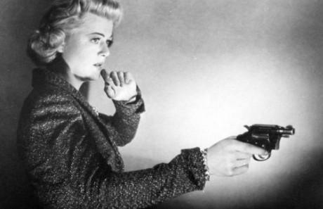 Angela Lansbury: femme fatale.